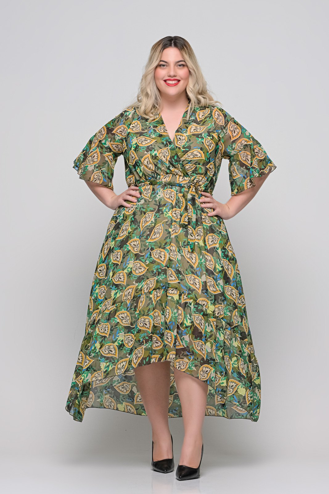 Φόρεμα κρουαζέ floral με φραμπαλά μανίκι και ζωνάκι